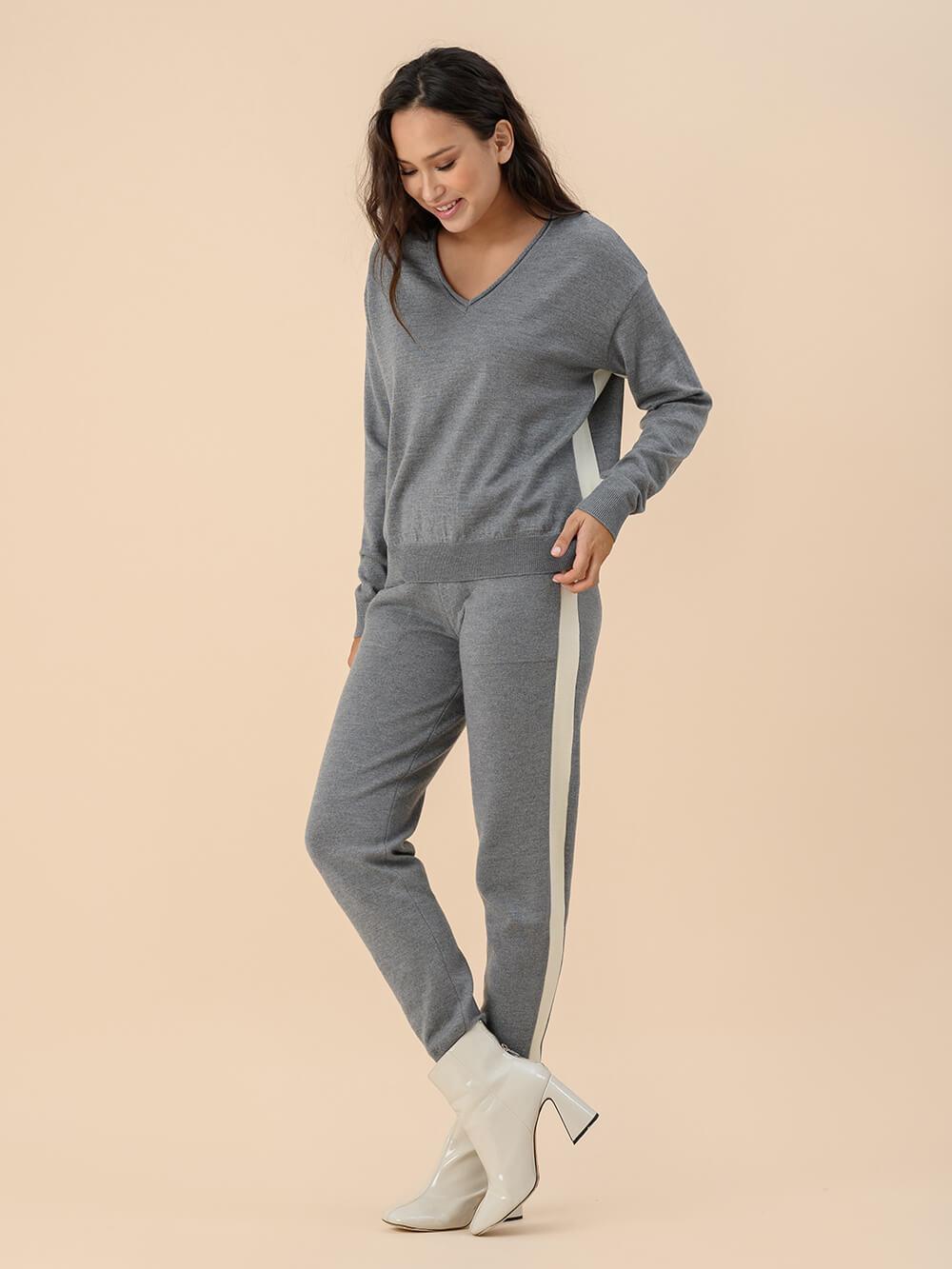 Женские брюки серого цвета из 100% шерсти - фото 1