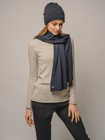 Женский темно-синий шарф - фото 2