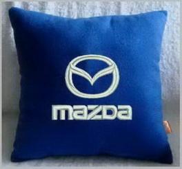 Подушка автомобильная с логотипом MAZDA