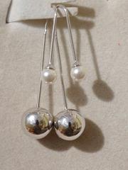 Протяжки жесткие с жемчугом (серьги из серебра)