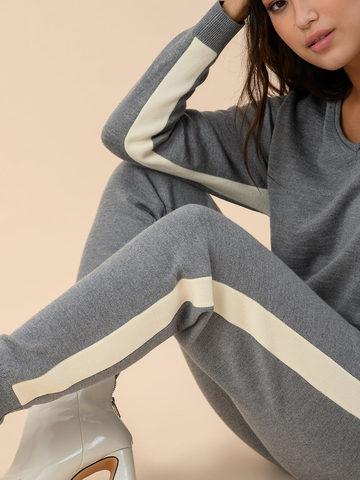 Женские брюки серого цвета из 100% шерсти - фото 3