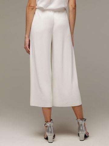 Женские белые свободные брюки из вискозы - фото 2