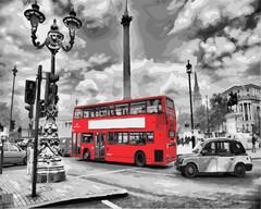 Картина раскраска по номерам 40x50 Красный туристический автобус в городе