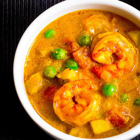 https://static-ru.insales.ru/images/products/1/7569/64052625/yellow_curry_shrimp.jpg