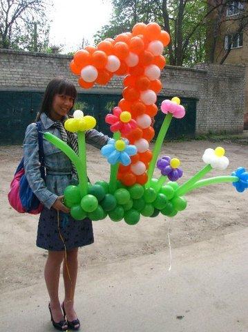 Цифра 1 из воздушных шаров