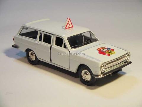 GAZ-2402 Volga Driving school ROSTO Agat Mossar Tantal 1:43