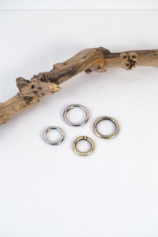 Кольцо-карабин 20, 25 мм, 2 цвета