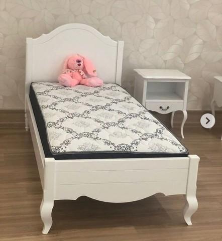 Кровать для девочки в стиле прованс фото