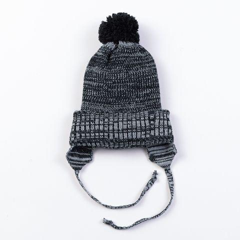 Шапка зимняя с двойным отворотом на завязках
