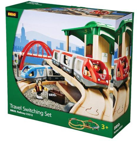 BRIO Железная дорога 2-уровневый набор с вокзалом (свет, звук) 42 элемента