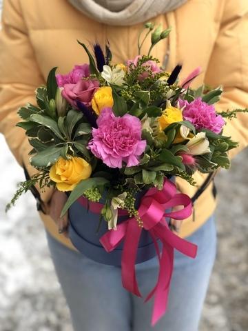Цветы в шляпной коробке #1999