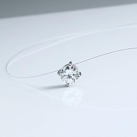 Фианит в 4х лапках на леске-невидимке с серебряными замочками