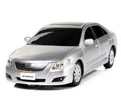 Rastar Машина радиоуправляемая Toyota Camry, 1:24 (35700-RASTAR / 168414)