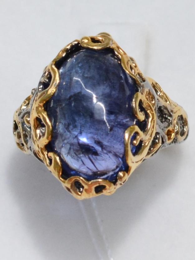 Овал-танзанит(серебряное кольцо с позолотой)