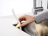 Щетка для мытья посуды с ручкой и скребком Edge™ зеленая Joseph Joseph 85025   Купить в Москве, СПб и с доставкой по всей России   Интернет магазин www.Kitchen-Devices.ru