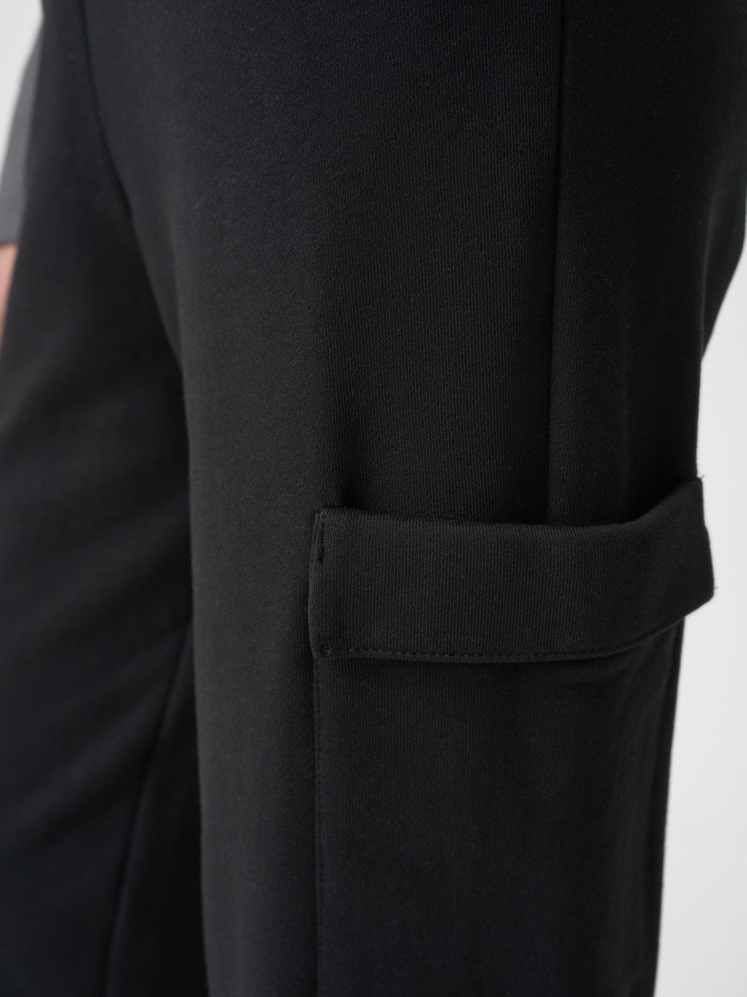 Брюки Pam с объемными карманами сбоку, Черный