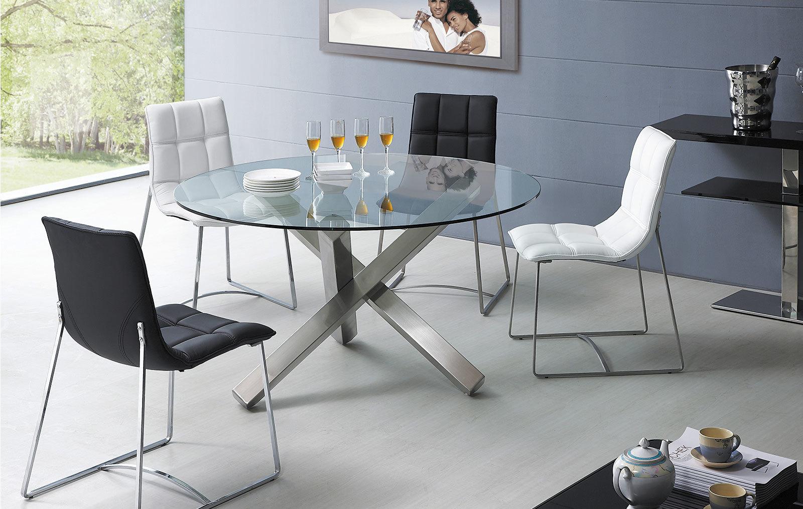 Стулья ESF BZ500S белые и черные со столом ESF BZ951