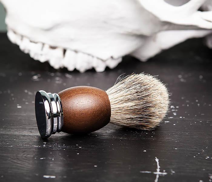 RAZ451 Помазок из барсука с деревянной рукояткой фото 03