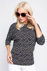 """<p>Блузон """"Мирабель"""" замечательно сочетается практически с любым предметом гардероба. Смело сочетайте с длинной или короткой юбкой, джинсами, с брюками любых фасонов.</p>"""