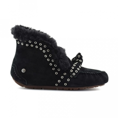 /collection/new-2/product/ugg-alena-rivets-bow-black