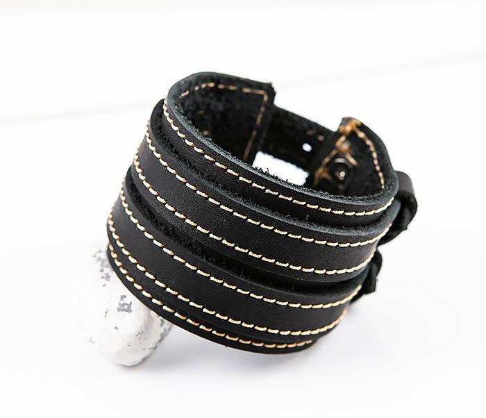 Boroda Design, Широкий черный браслет ручной работы из кожи «Крейзи Хорс». «Boroda Design»