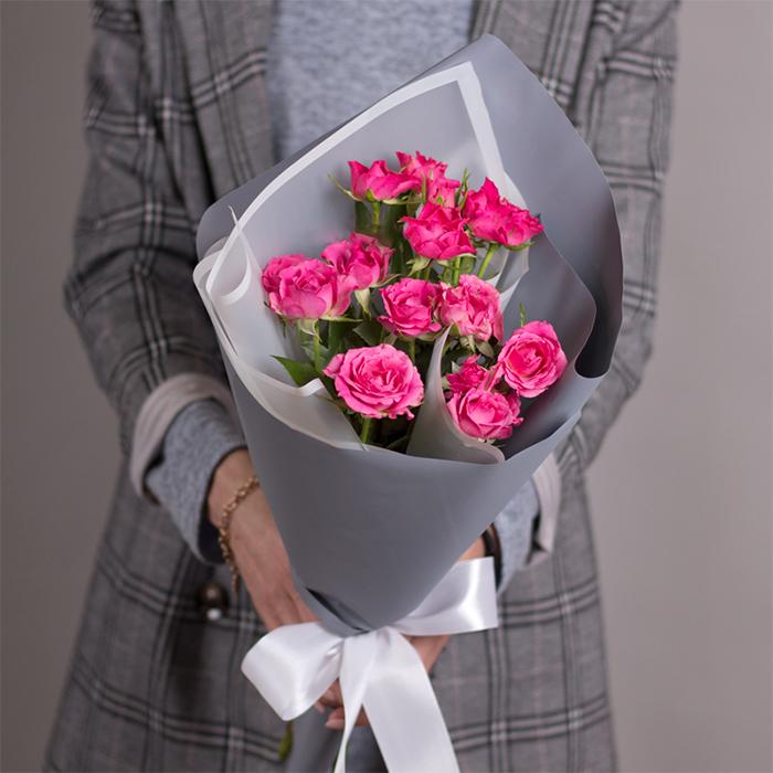 Купить недорогой букет из кустовых роз в Перми