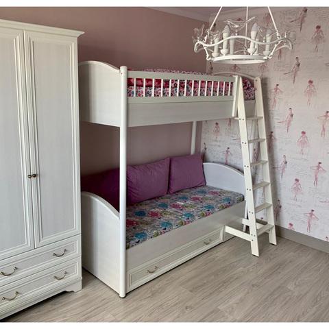 Кровать 2-х ярусная универсальная с лесенкой и ящиком Классика