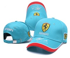 Кепка с вышитым логотипом Феррари (Кепка Ferrari) голубая с комбинированным козырьком