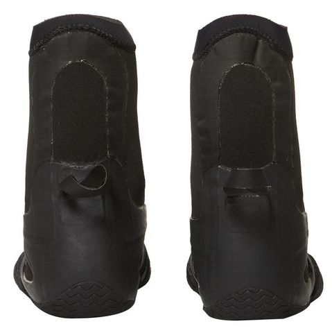 VISSLA 7 Seas 7mm Round Toe Bootie