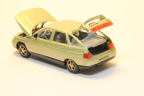VAZ-2112 Lada light-green metallic Agat Mossar Tantal 1:43