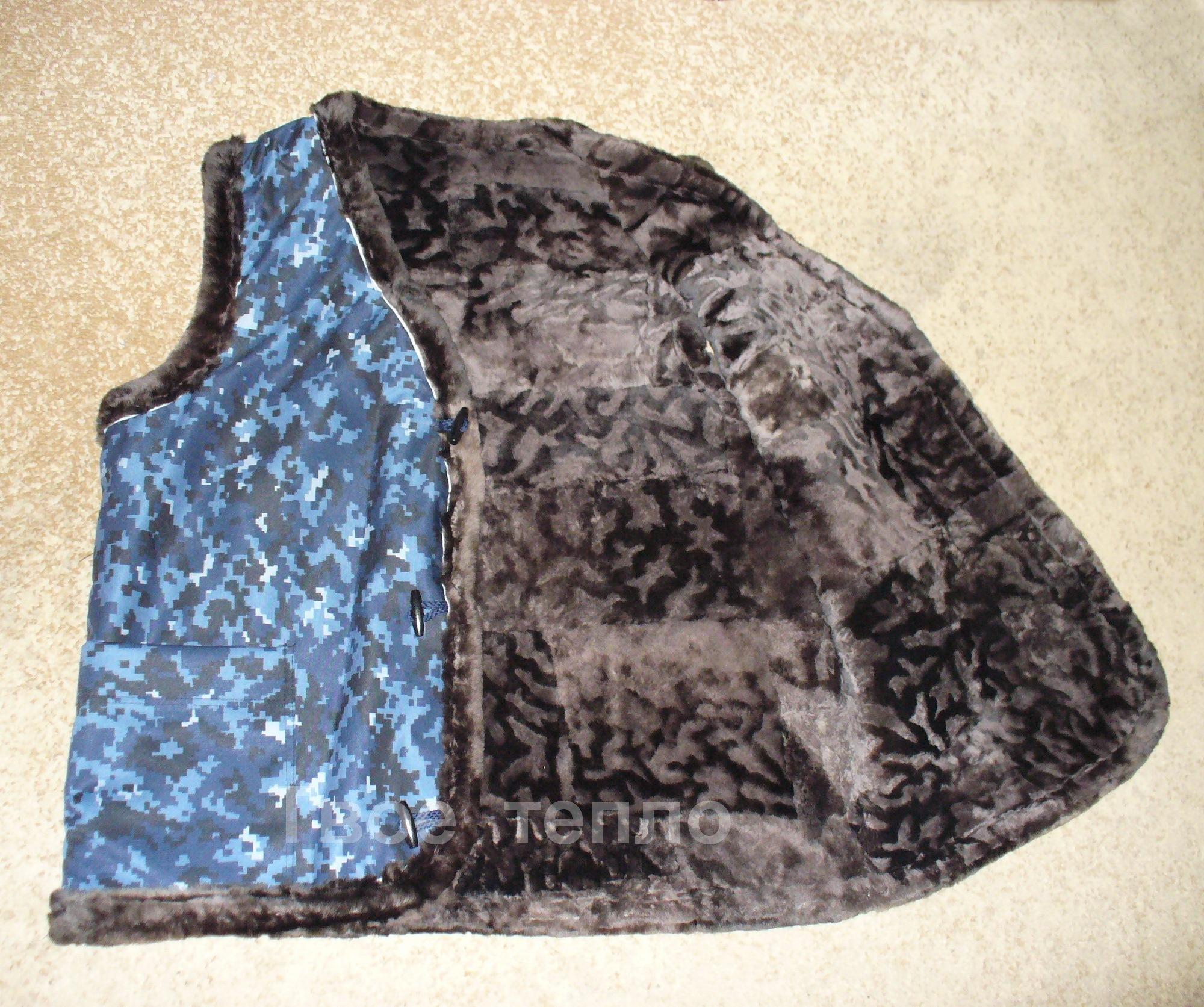 Жилет камуфляжный синий на овчине