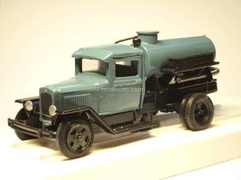 GAS-MM tanker waste removing LOMO-AVM 1:43