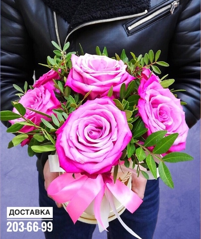 7 роз в шляпной коробке #1983