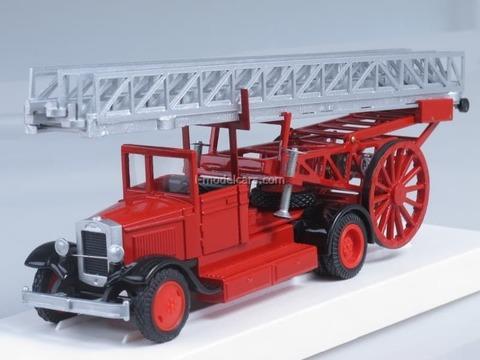 ZIS-5 METC Fire engine removable ladder open cab LOMO-AVM 1:43