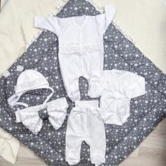 Комплект конверт-одеяло + набор одежды на выписку