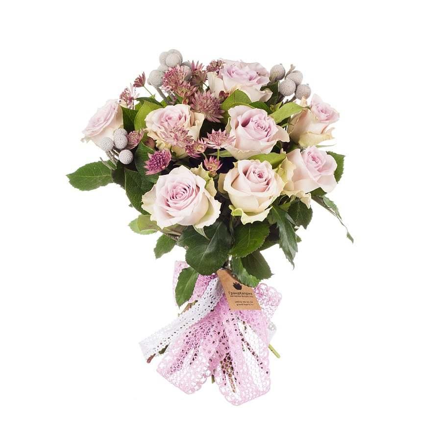 Букет из роз и астранций - Мерсибо