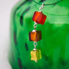 Подвеска Estate Cubo цвет 03 на салатовой омеге