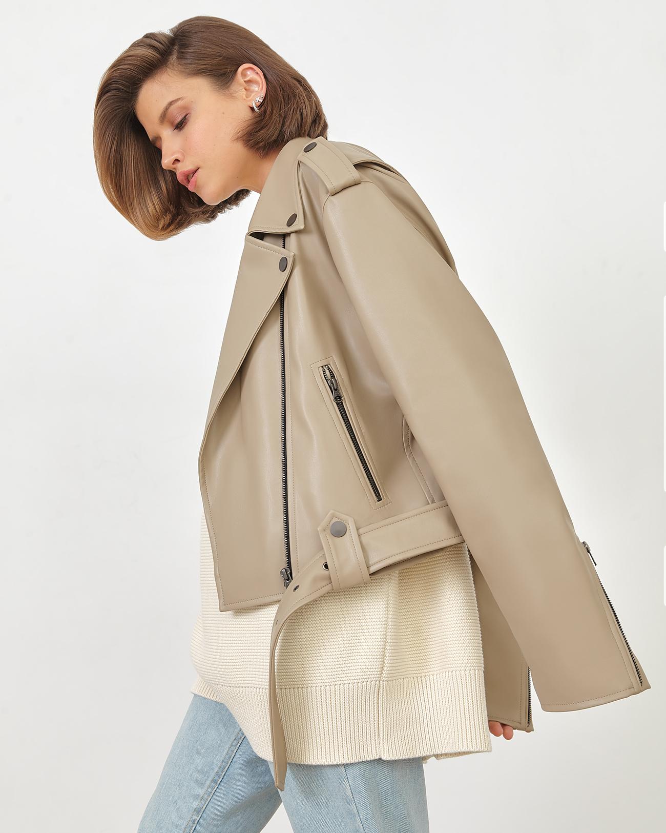 Куртка укороченная из эко-кожи кофейного цвета фото