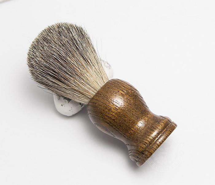 RAZ306-2 Деревянный помазок из барсучего волоса фото 02