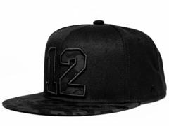 Бейсболка № 12 Snapback