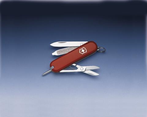 Нож-брелок Victorinox Classic Signature, 58 мм, 7 функций, красный123
