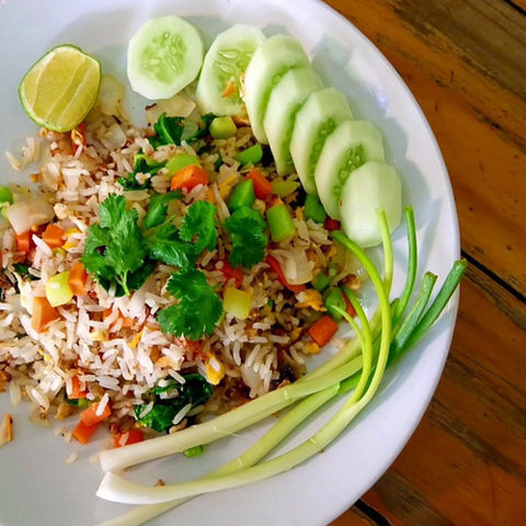 https://static-ru.insales.ru/images/products/1/7811/123985539/salted_fish_rice.jpg