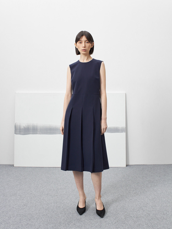 Платье Nora без рукавов со складками