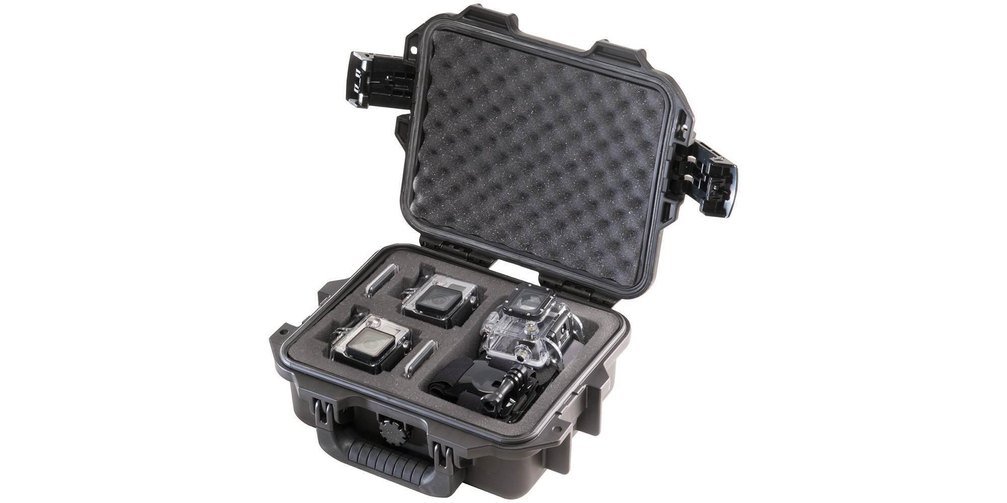 Кейс ударопрочный Peli-Storm iM2050 с камерой и аксессуарами вид сверху