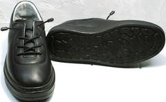 Кожаные черные кроссовки с черной подошвой женские Rozen M-520 All Black.