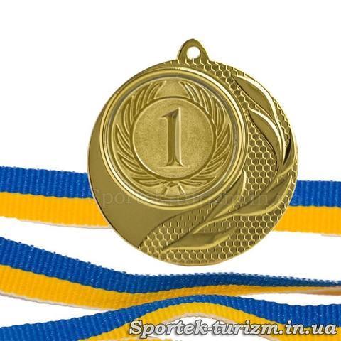Золотая медаль за 1 место диаметром 40 мм с ленточкой