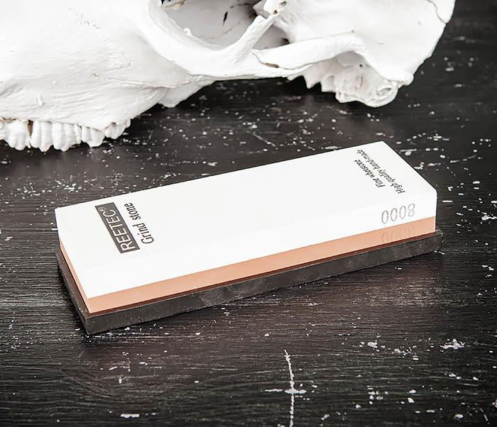 RAZ481 Точильный (водный) камень для заточки (8000/3000 грит)