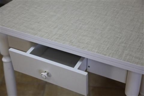Стол обеденный ЛС-831 раскладной с ящиком белый, лен