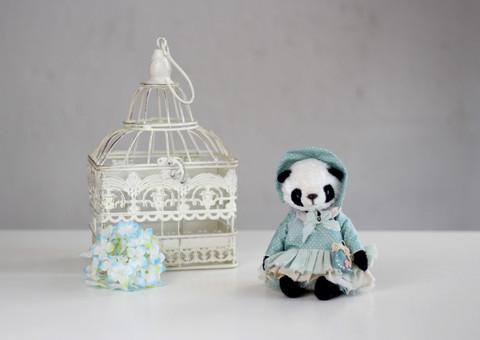 Іграшка колекційна Teddy панда Берта
