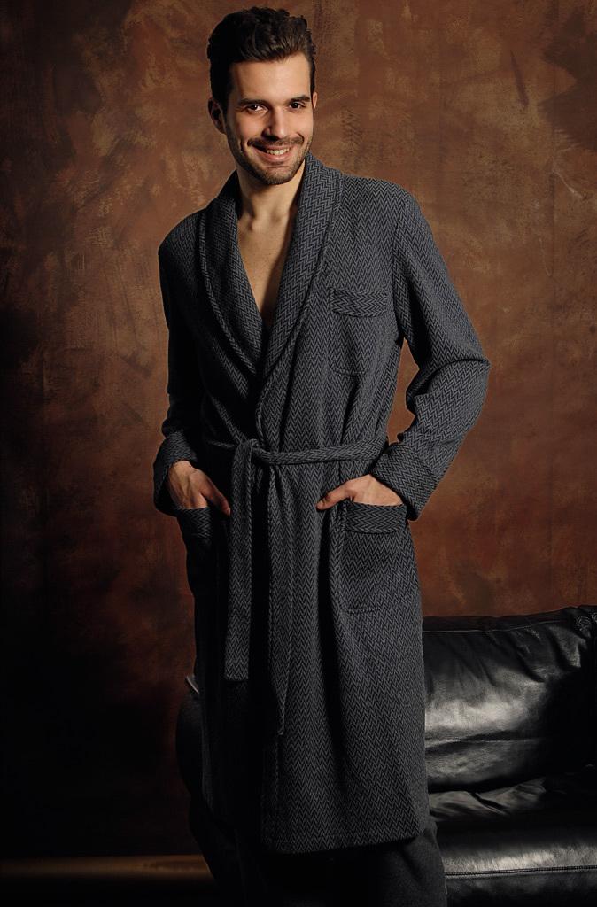 Серый трикотажный халат B&B